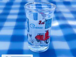 ouzo glaasje grieks tafereel vespa 3